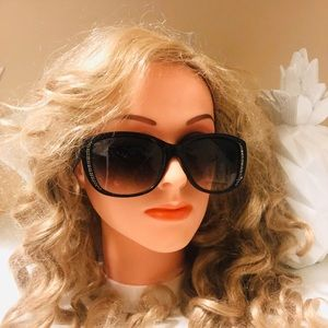 juicy couture beautiful sunglasses with crystal